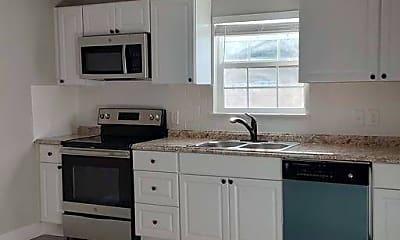 Kitchen, 507 W Chambers St A, 1