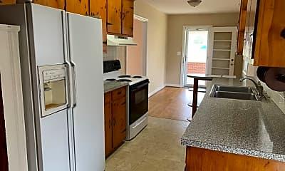 Kitchen, 2703 Suburban Rd, 1