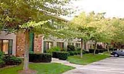 Robbins Nest Apartments, 1