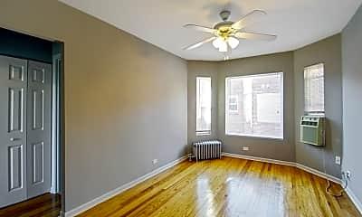 Living Room, 1344 W Argyle St, 0