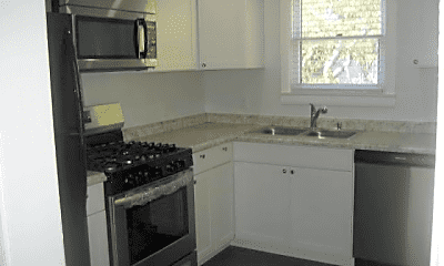 Kitchen, 605 SW 5th Pl, 0