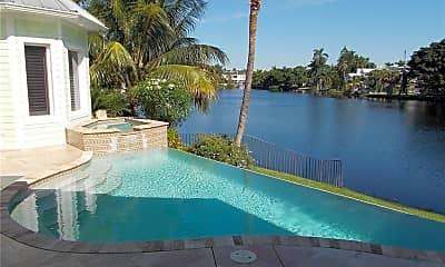 Pool, 745 W Lake Dr, 2