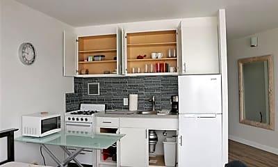 Kitchen, 750 Amana St 2001, 0