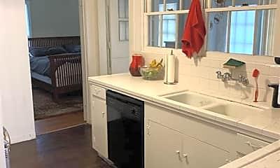 Kitchen, 2061 Southgate Blvd, 2