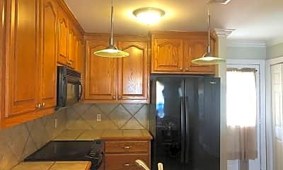 Kitchen, 13080 Burgess Ave, 2