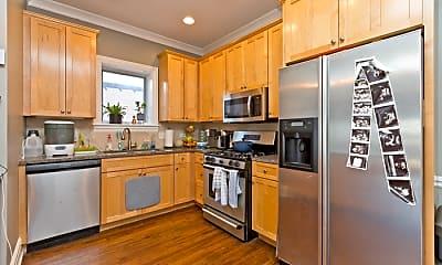 Kitchen, 930 W Dakin St, 0