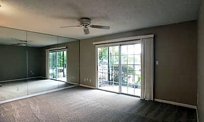 Living Room, 1327 31st St S, 1