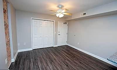 Living Room, 10 N Pennsylvania Ave G, 1