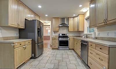 Kitchen, 7623 Highland St, 1
