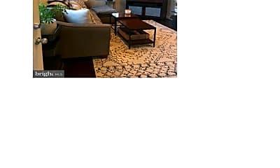 Living Room, 1201 N Kenilworth St, 2