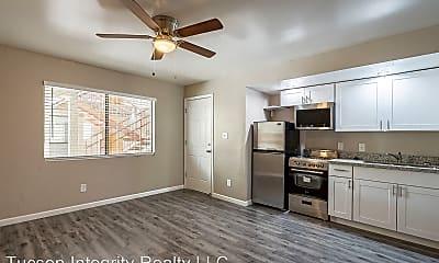 Living Room, 819 N 1st Ave, 2