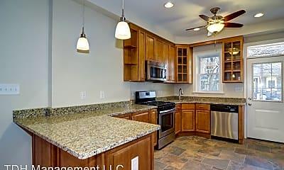 Kitchen, 738 S Ellwood Ave, 1