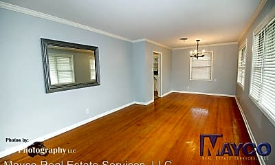 Living Room, 814 Sewanee Pl, 1
