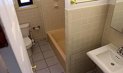 Bathroom, 113 S 42nd St, 2