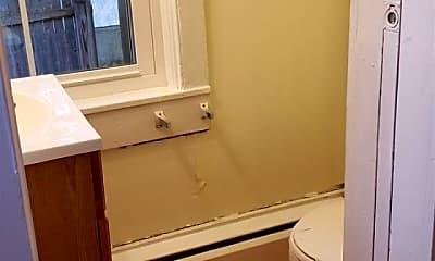 Bathroom, 16 Middle St 1, 2