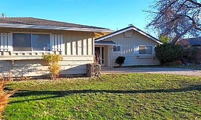 Building, 4145 Oro St, 1