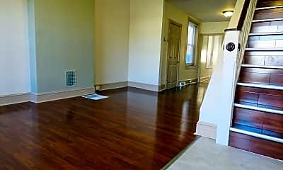 Building, 2424 Montrose St, 1