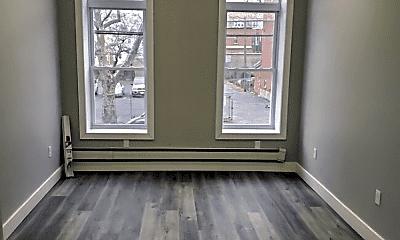 Living Room, 372 Forrest St, 1