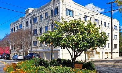 Building, 2091 California St, 2