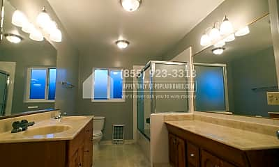 Bathroom, 481 Lincoln Ave, 1