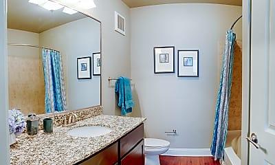 Bathroom, 82 Flats, 2
