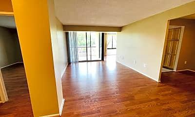 Living Room, 4500 S Four Mile Run Dr 827, 1