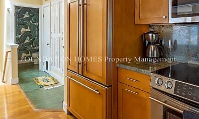 Kitchen, 301 Headlands Ct, 1