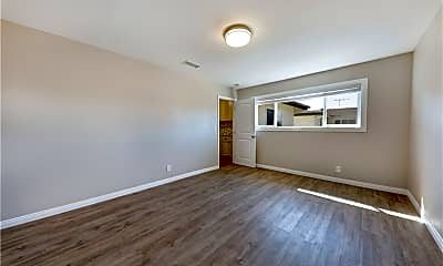 Living Room, 9018 Muller St, 2