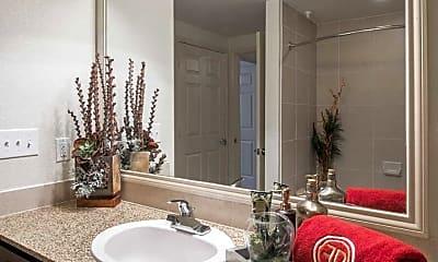 Bathroom, Faudree Ranch Apartments, 2