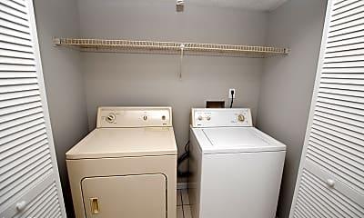 Bathroom, 467 Crabapple Ct A, 2