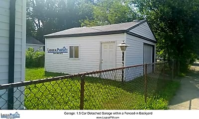 Building, 11006 Jewett Ave, 2