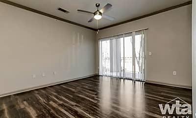 Living Room, 13425 N Fm 620, 0