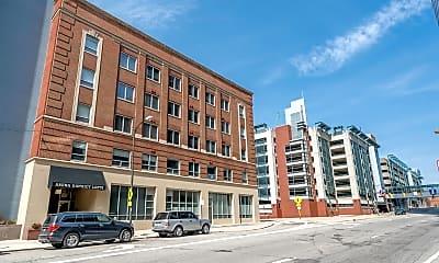 Building, 221 N Front St 502, 1