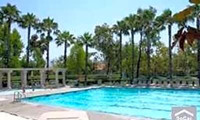 Pool, 40 Via Tronido, 2