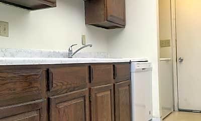 Kitchen, 1015 N 39th St, 1