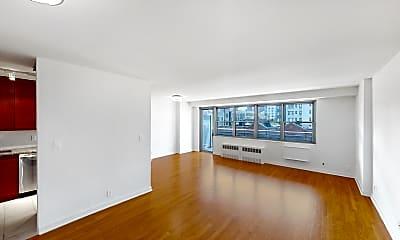 Living Room, 765 Amsterdam Avenue #8F, 1