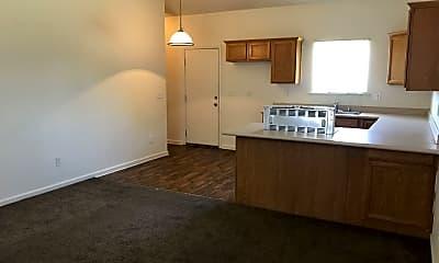 Living Room, 2919 S Sallee Ct, 1