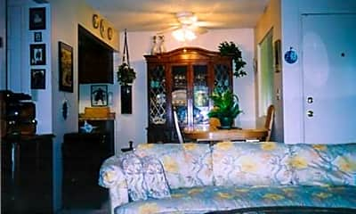 Paradise Valley Apartments, 2