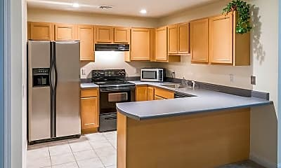 Kitchen, 658 Gregory Ct, 1