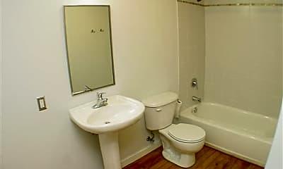 Bathroom, 1350 Rosa L Parks Blvd, 2