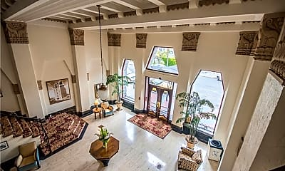 Living Room, 140 Linden Ave 306, 1