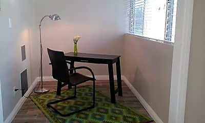 Living Room, 5246 Driftwood St, 1