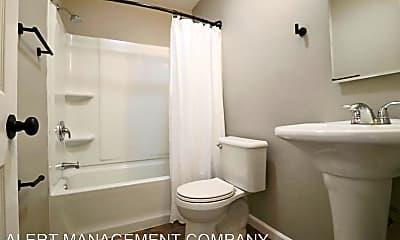 Bathroom, 1050 S J St, 2