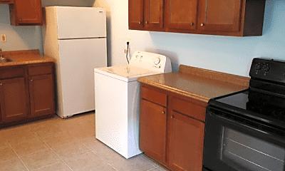 Kitchen, 1140 Lake Ave, 1