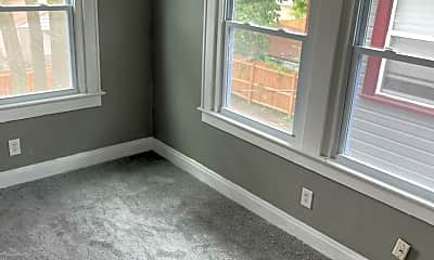 Living Room, 600 Racine Ave, 1