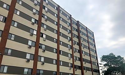 Centennial Towers, 2