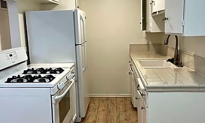 Kitchen, 1620 Brockton Ave 4, 1
