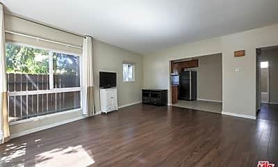 Living Room, 5401 W Olympic Blvd, 1