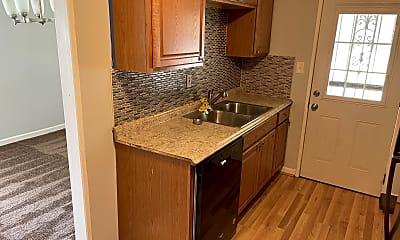 Kitchen, 5200 Darien Rd, 0