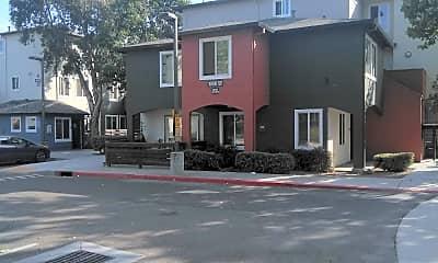 Poco Way Apartments, 0